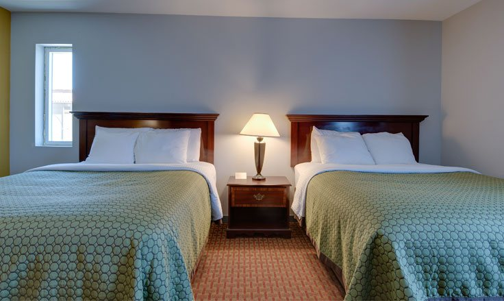 Guestrooms in Vagabond Inn Executive Hayward